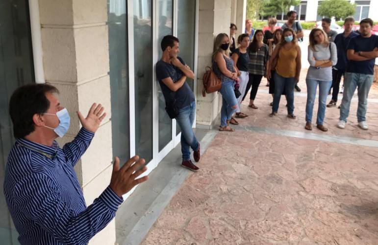Διαμαρτυρία στην Περιφερειακή Δ/νση Εκπαίδευσης από τους εκπαιδευτικούς της Κέρκυρας  (videos - photos)