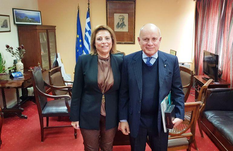 Ο Πρέσβης της Ιταλίας στην Αθήνα στο γραφείο της Αντιπεριφερειάρχη Κέρκυρας