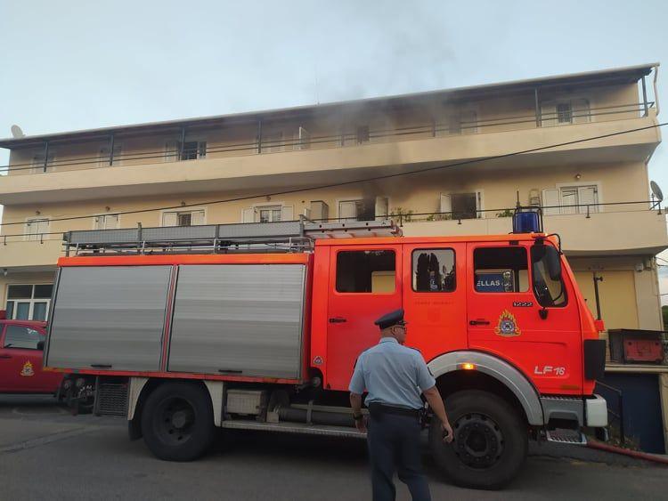Τέθηκε υπό έλεγχο φωτιά σε σπίτι στην περιοχή Βρυώνη