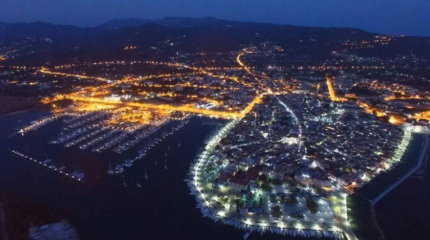 Συνελήφθησαν τέσσερα άτομα για παράνομη μεταφορά αλλοδαπών στη Λευκάδα