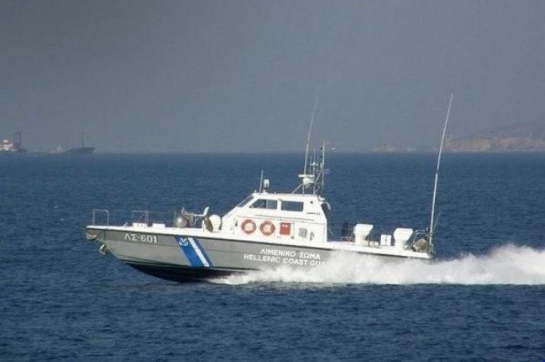 Ιστιοπλοϊκό στους Παξούς παρέσυρε άλλο σκάφος λόγω κακοκαιρίας