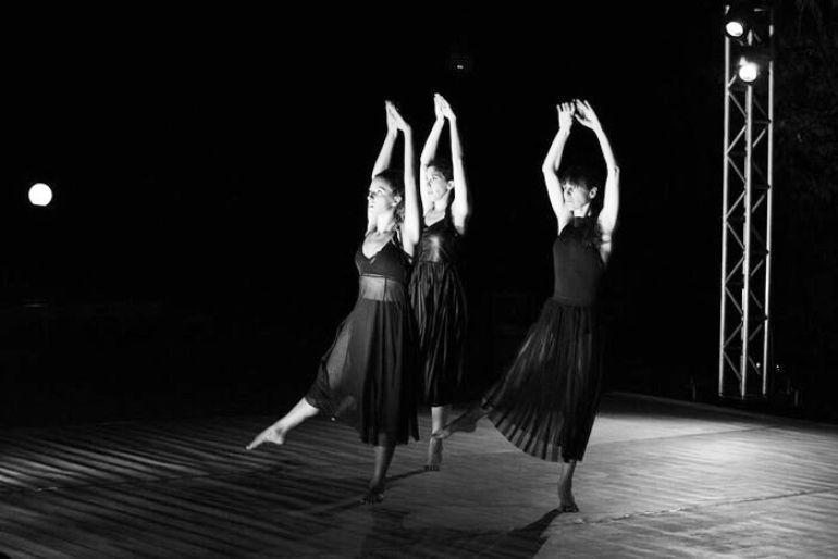 Όταν το σώμα συναντά τη μουσική και τον χώρο... (photos)