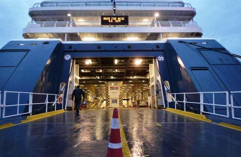 Μεγαλύτερη πληρότητα επιβατών από σήμερα στα πλοία