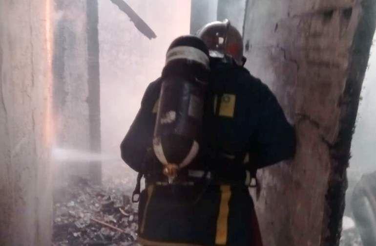 Καταστράφηκε διώροφη κατοικία στους Χωροεπισκόπους από φωτιά
