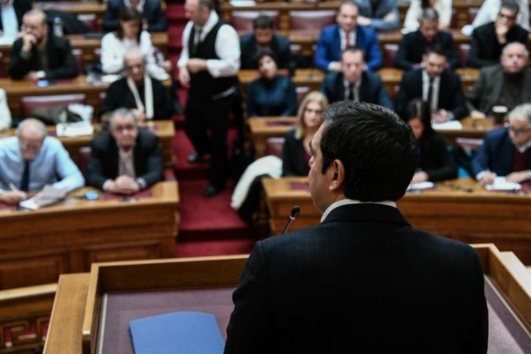 ΣΥ.ΡΙΖ.Α.: «Υποχρεωτική, όχι προαιρετική, μείωση βουλευτικών μισθών!»