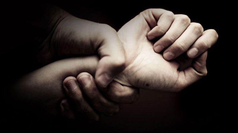 Στο αυτόφωρο για ενδοοικογενειακή βία ο 45χρονος Κερκυραίος