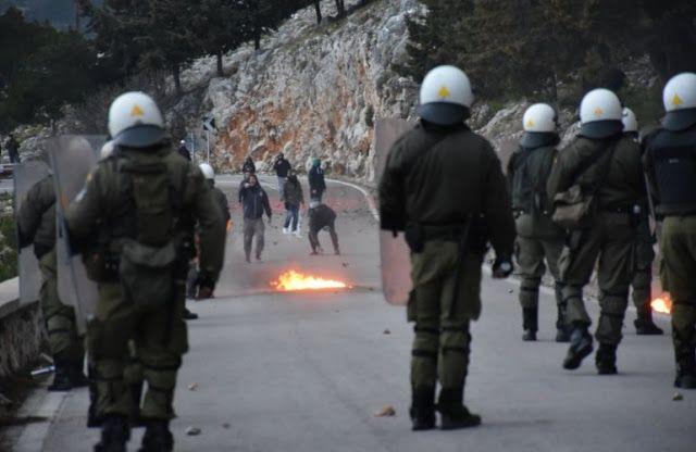 Στο σκαμνί 29 Χιώτες για τις επιθέσεις εναντίον αστυνομικών